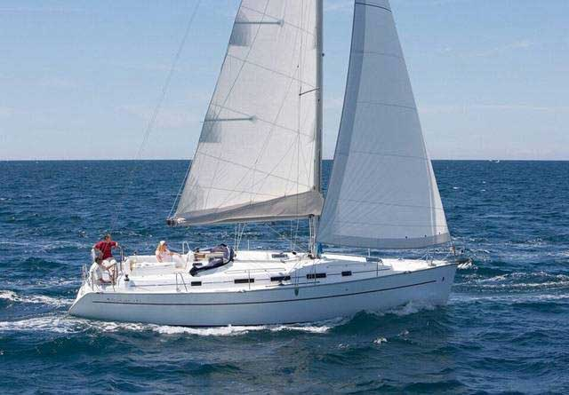 Monohull Cyclades 39.3