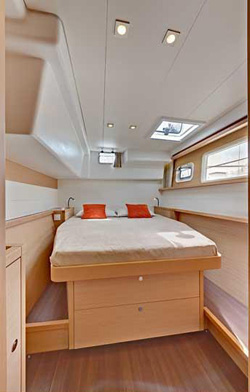 Catamaran Lagoon 450 With A/C